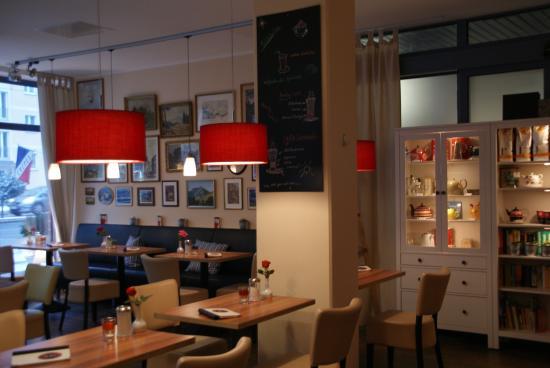 Blick aus dem Fenster - Bild von Café Lino, Dresden - TripAdvisor