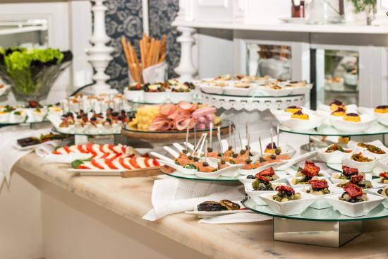 Paraqvaria Restaurant