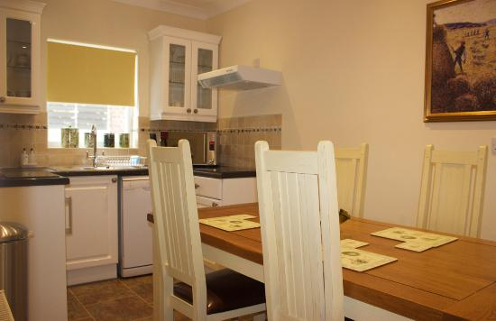 The Town House: Kitchen