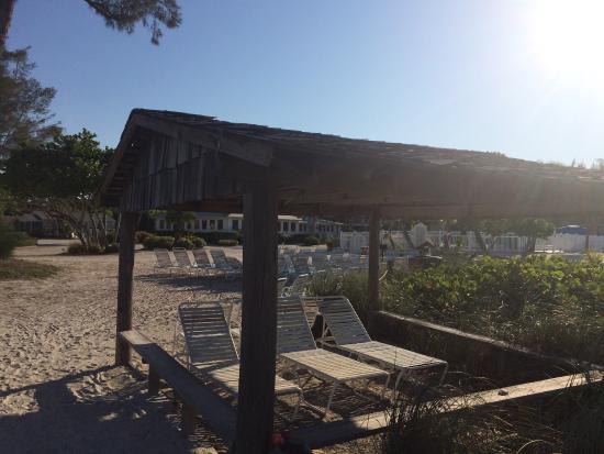 Island Inn: photo2.jpg