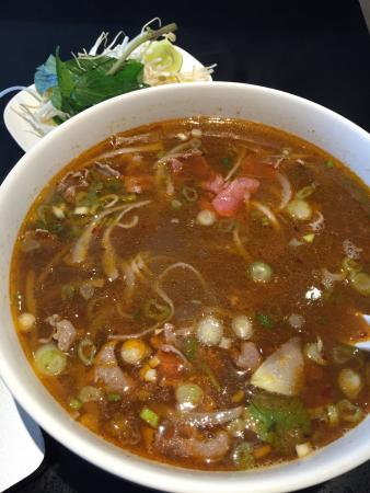 Pho Lyn Vietnamese Cuisine