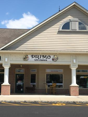Primo Cafe and Gelateria
