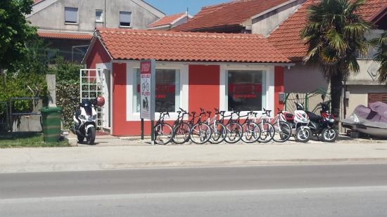 Speedy Zadar - Rent a Bike and Scooter