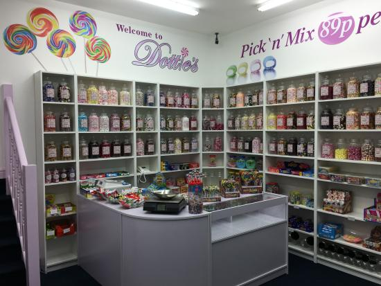 Dottie's Sweets & Treats