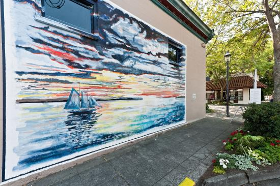 Edmonds, WA: Edmond Murals
