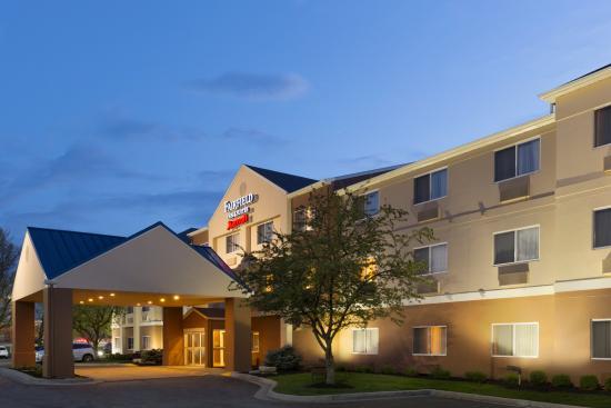 Fairfield Inn & Suites Grand Rapids: Exterior