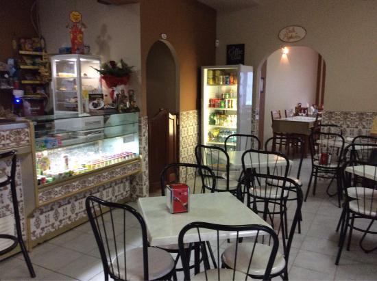Moncarapacho, Portugal: Snack bar Rofito