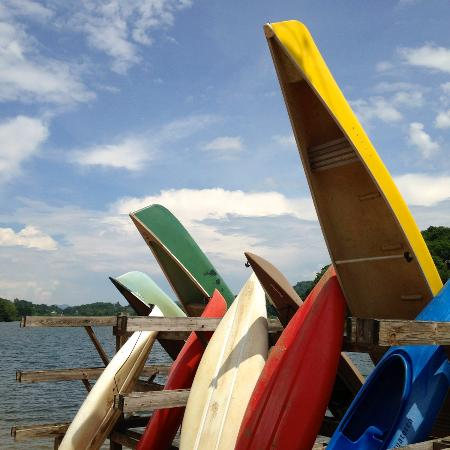 ‪‪Lake Junaluska‬, ‪North Carolina‬: Guests can rent paddle boards, kayaks and canoes for free.‬