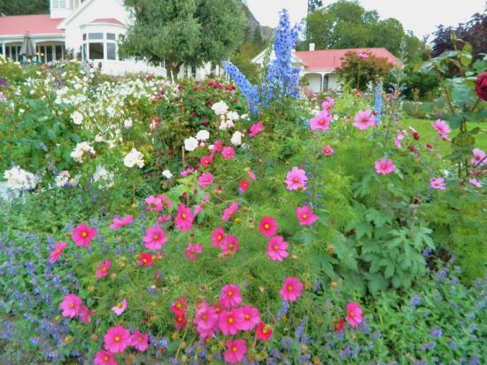 Κουίνσταουν, Νέα Ζηλανδία: Walter Peak gardens