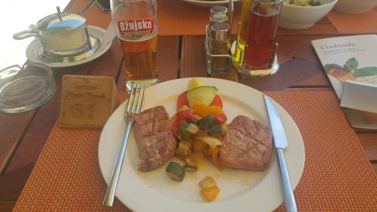Plaza Borak: Tuna Steak