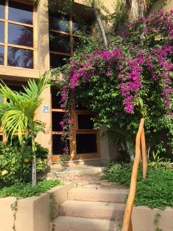 Villas El Rancho Green Resort: Entrance to Villa