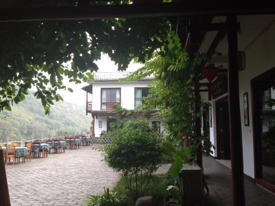 Li River Resort: Terraza increíble