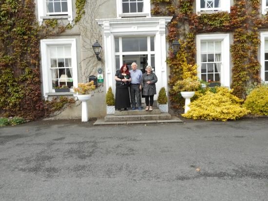 Carlingford House: My wife and our two lovely hosts