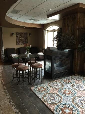 Ellicottville, NY: Relax fireside in our Spa Sanctuary