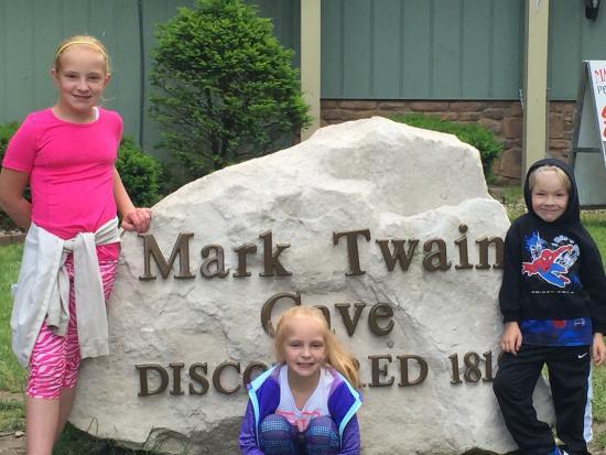 Mark Twain Cave and Cameron Cave: photo1.jpg