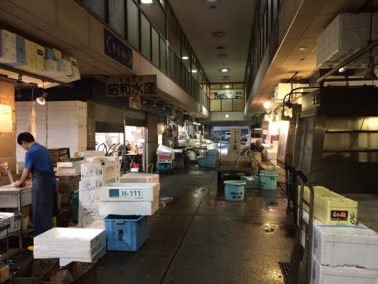 【東京】ターレ出火、接触事故も 開場直後の豊洲市場★2YouTube動画>3本 ->画像>87枚