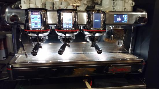 Stains, فرنسا: La Rolls Royce du café!!!