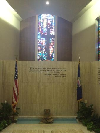 Abilene, Kansas: The chapel, his resting place, quote over his grave, the stained glass window and his prayer.