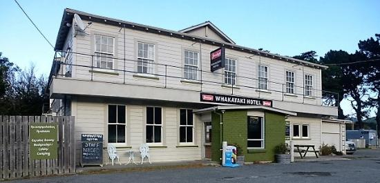 Castlepoint Hotel & Guesthouse - The Whakataki