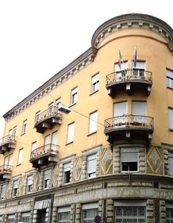 Trgovski Dom