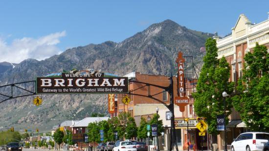 Brigham City, UT: Brigham Main Street where the Hotel is located