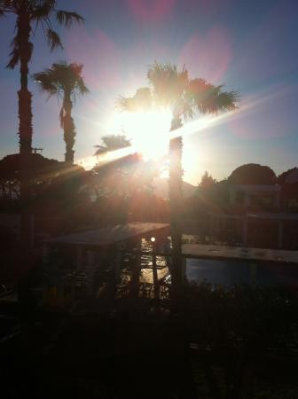 Pefkos Village Resort: Sun set view 😊