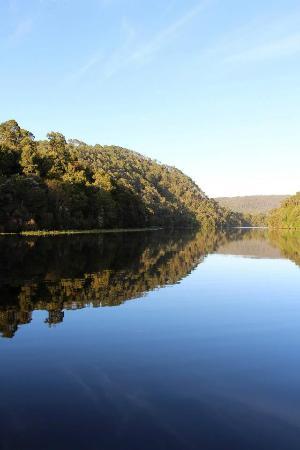 Tasmanien, Australien: Pieman River in the Tarkine