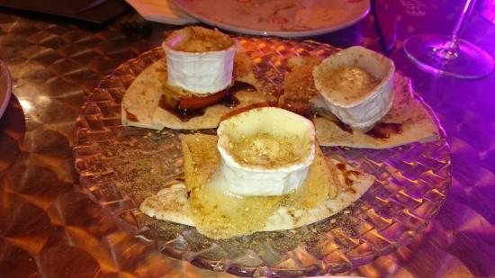 Restaurant nimbin picture of restaurant nimbin molins - Casa en molins de rei ...