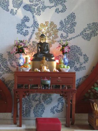 Longmen County Resmi