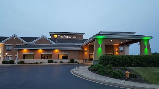 Comfort Inn & Suites : photo0.jpg