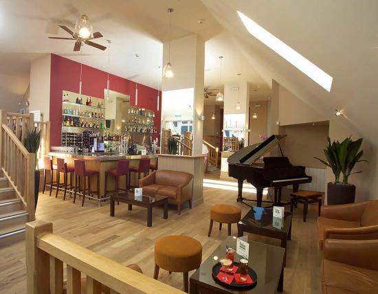 The Lodge at Winchelsea: Lounge Bar