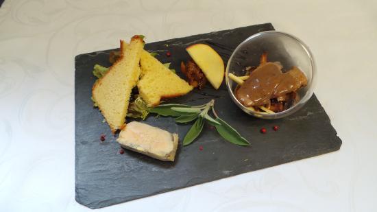 Thury-Harcourt, Francja: ardoise de fois gras mariné au pommeau