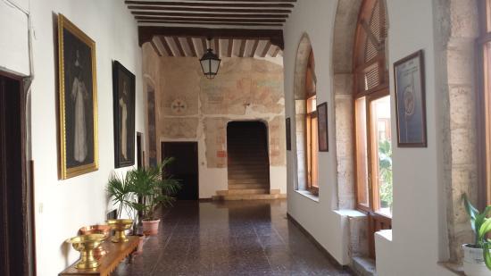 El Toboso, Ισπανία: Parte de un fresco en la pared del fondo