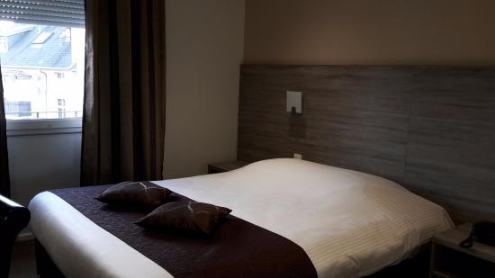 Citotel Cecil Hotel: Chambre 37 (contenant un petit lit enfant non visible sur la photo)