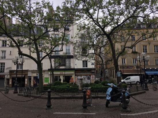 Rue Mouffetard Market: photo0.jpg