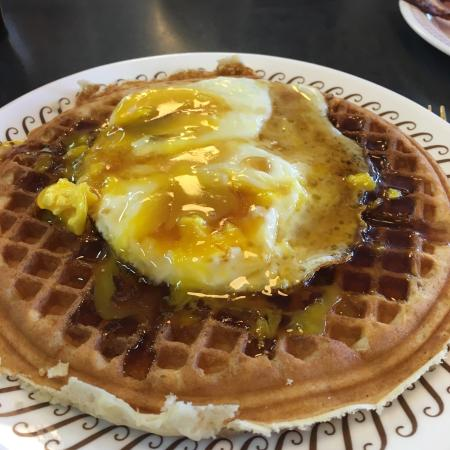 Oak Grove, MO: Waffles were thinner than expected but tasted good