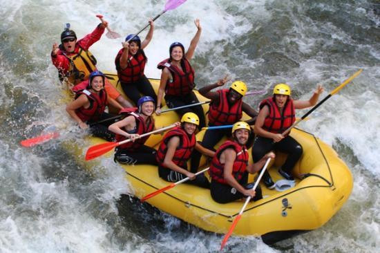 Cailla, Francja: Rafting dans les Gorges de l'Aude, près de Perpignan et Toulouse