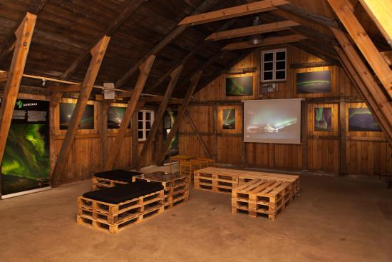 Faskrudsfjordur, Islandia: Some of the artwork from our Exhibition.
