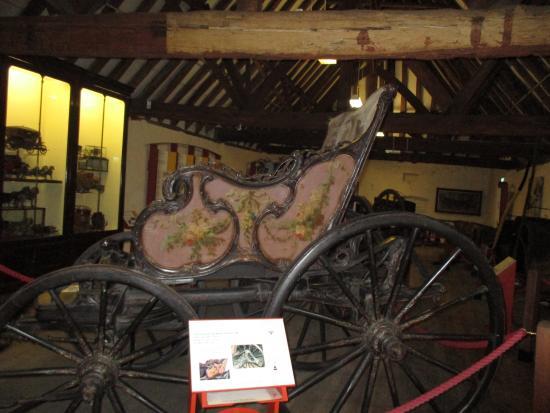Tyrwhitt-Drake Museum