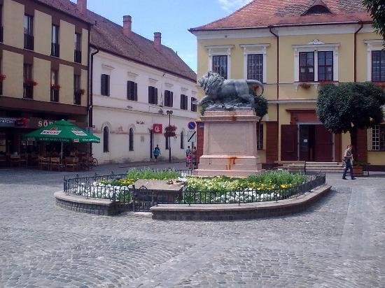 Zrínyi Monument