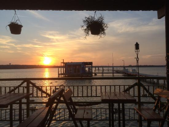 Augie's Sunset Cafe Photo