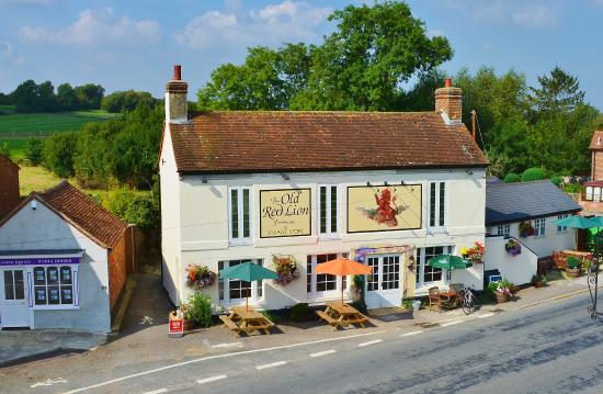 Oxfordshire, UK: Aerial view of The Old Red Lion