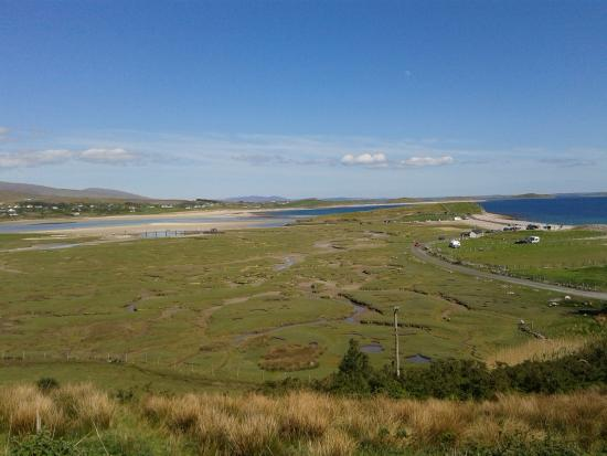 Mulranny, Irland: The Salt Marsh, seen from the side of Lookout Hill.
