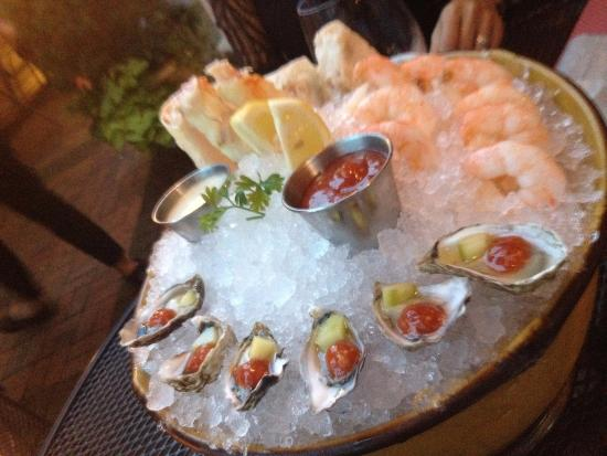 Northport, estado de Nueva York: Another seafood platter....