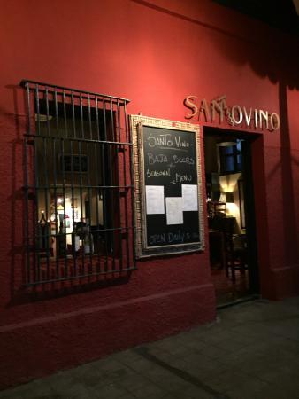 Santo Vino, Bistro & Wine Bar: Santo Vino