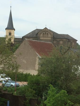 Nickenich, Deutschland: St Arnulf's Catholic Church