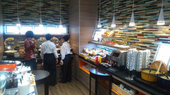 """Almont Hotel Naha Kenchomae 早餐""的图片搜索结果"