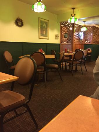 Girard, OH: Back dining area.  Seats approximately 40.