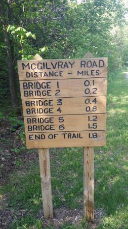 Holmen, Висконсин: McGilvray Seven Bridges Road