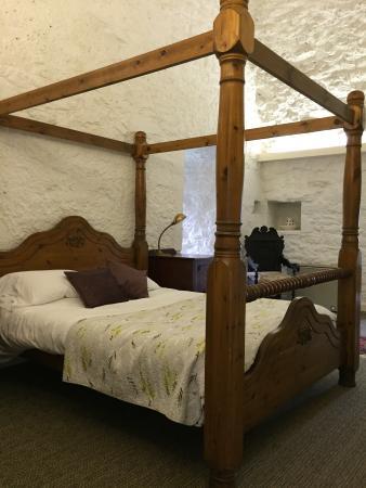 Oldcastle, Ierland: Middle Tower bedroom